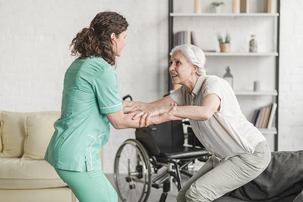 psw-helping-elderly